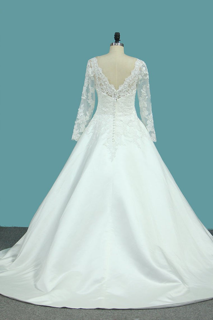 A Line Scoop Satin Wedding Dresses With Applique New Arrival