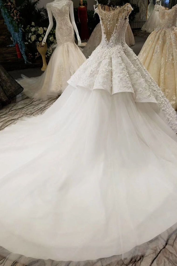 Ball Gown Wedding Dresses Court Train Bateau Top Quality Lace
