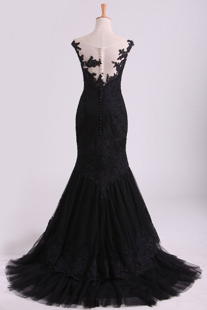 Mermaid Evening Dresses Bateau Tulle With Applique Sweep Train Color Black