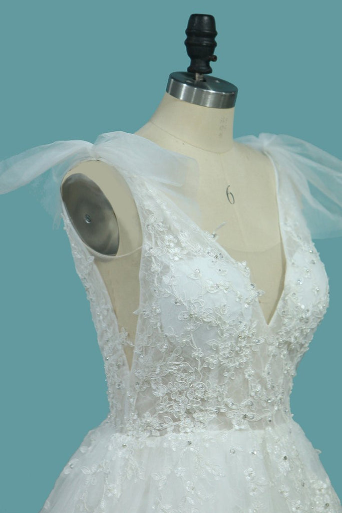 A Line Spaghetti Straps Wedding Dresses Tulle & Lace With Applique Court Train