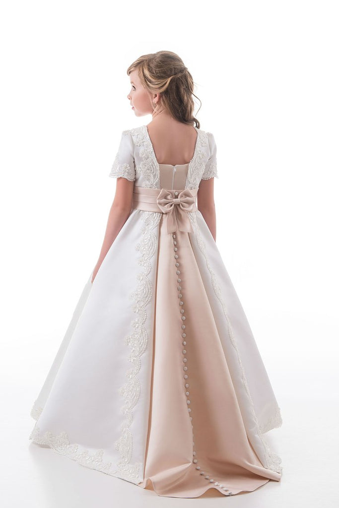 2019 A Line Scoop Short Sleeves Flower Girl Dresses With Applique Satin