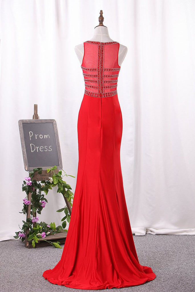 Mermaid V Neck Spandex Prom Dresses With Beads And Slit Sweep Train