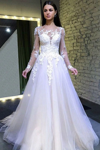 A Line Long Sleeves Round Neck Tulle Lace Appliques Wedding Dresses