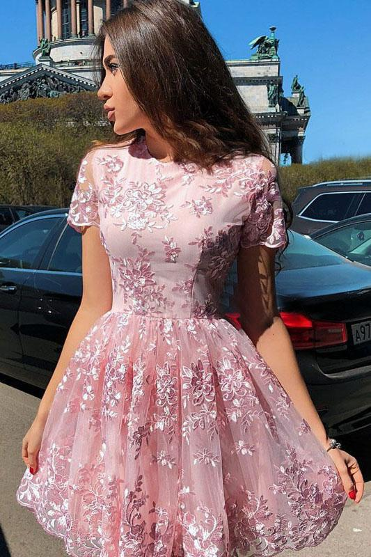 A-Line Short Sleeves Short Pink High Neck Homecoming Dress with Lace Appliques H1034