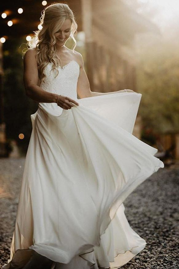 A Line Chiffon Strapless Ivory Sweetheart Beach Wedding Dresses with Lace Bridal Dresses W1068