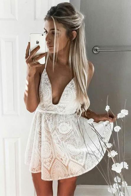A Line Spaghetti Straps Backless V Neck Short White Above Knee Lace Homecoming Dress H1021