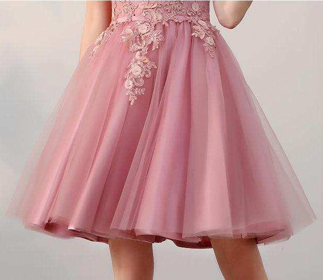 Chic A line Off the Shoulder Tulle Pink Beads Homecoming Dresses with Flowers H1019