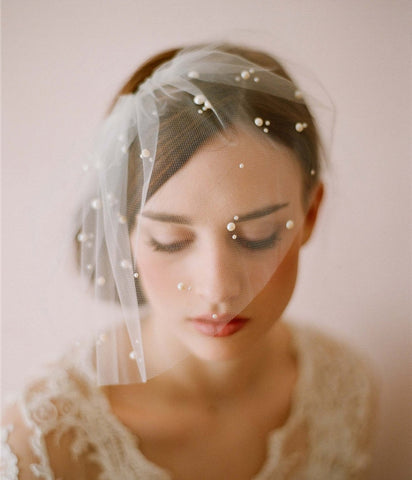 Tulle Blusher Veil Pearls Elegant Wedding Accessories for Bride Girls One Layer Beaded