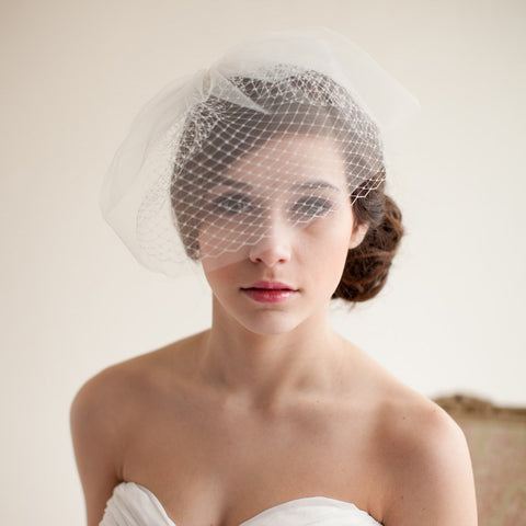 New European Style Bridal Wedding Veil Vintage Bridal Bird Cage Veil Soft Net Short Bridal Veil