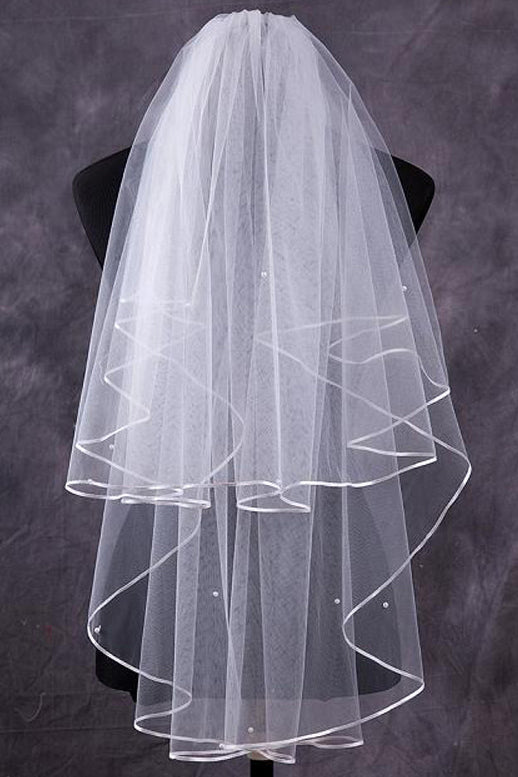 Two-Tier Finger-Tip Bridal Veils With Ribbon Edge JS0023