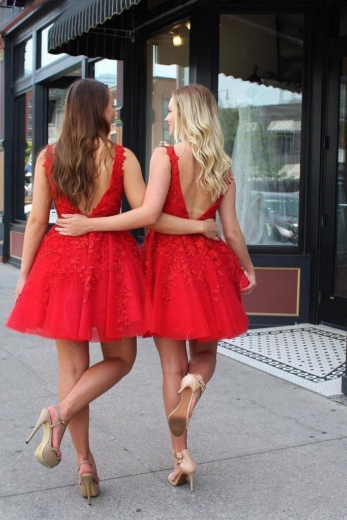 Cute Red Lace Appliques Homecoming Dresses V Neck Tulle Above Knee Short Prom Dress JS983