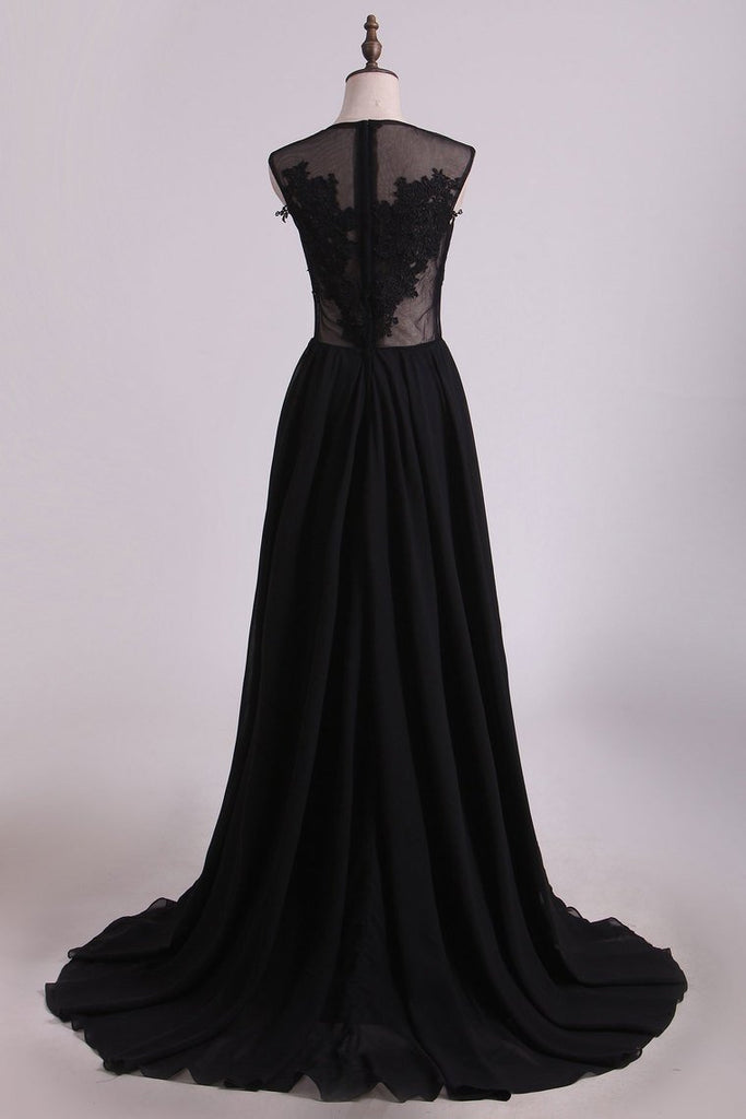 A Line Prom Dresses Scoop Chiffon With Applique And Slit Sweep Train