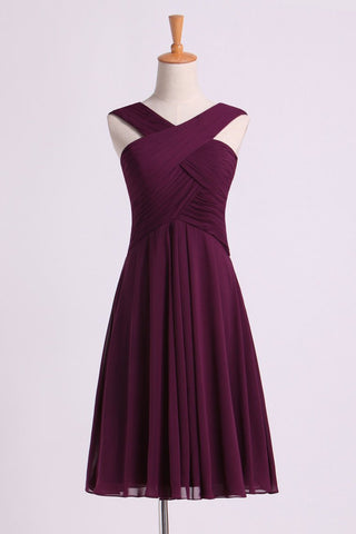Bridesmaid Dresses Pleated Bodice V-Neck  A Line Knee Length Chiffon