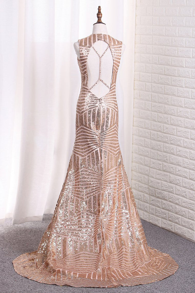 Sequins Scoop Open Back Mermaid/Trumpet Prom Dresses Sweep Train