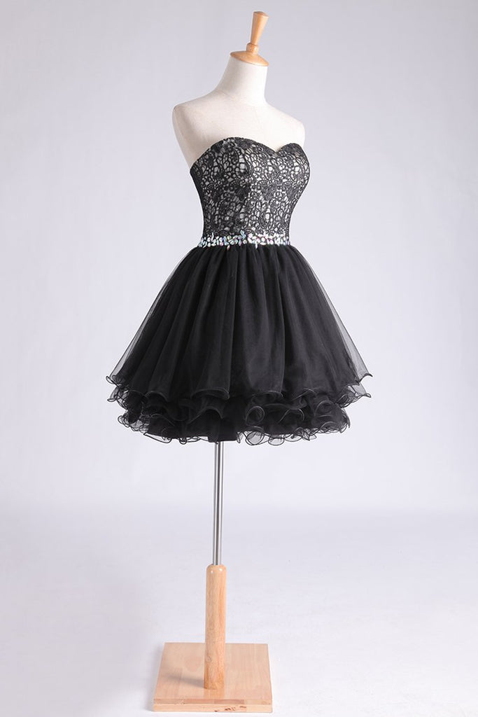 Sweetheart A Line Short/Mini Homecoming Dress With Applique Beaded