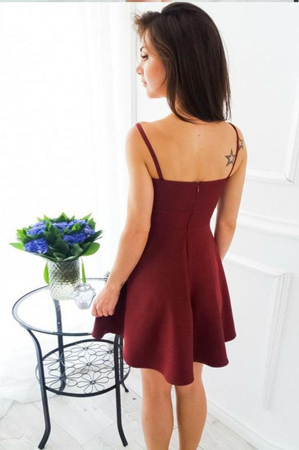 A-Line Spaghetti Straps Short Burgundy Satin Sweetheart Above Knee Homecoming Dress JS760