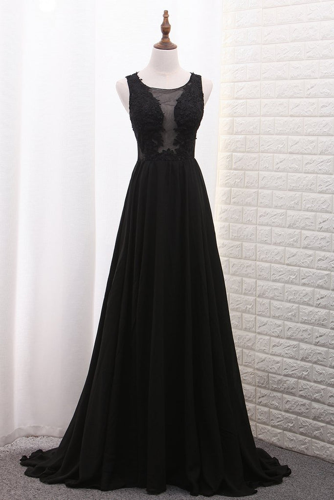New Arrival Scoop A Line Prom Dresses With Applique And Slit