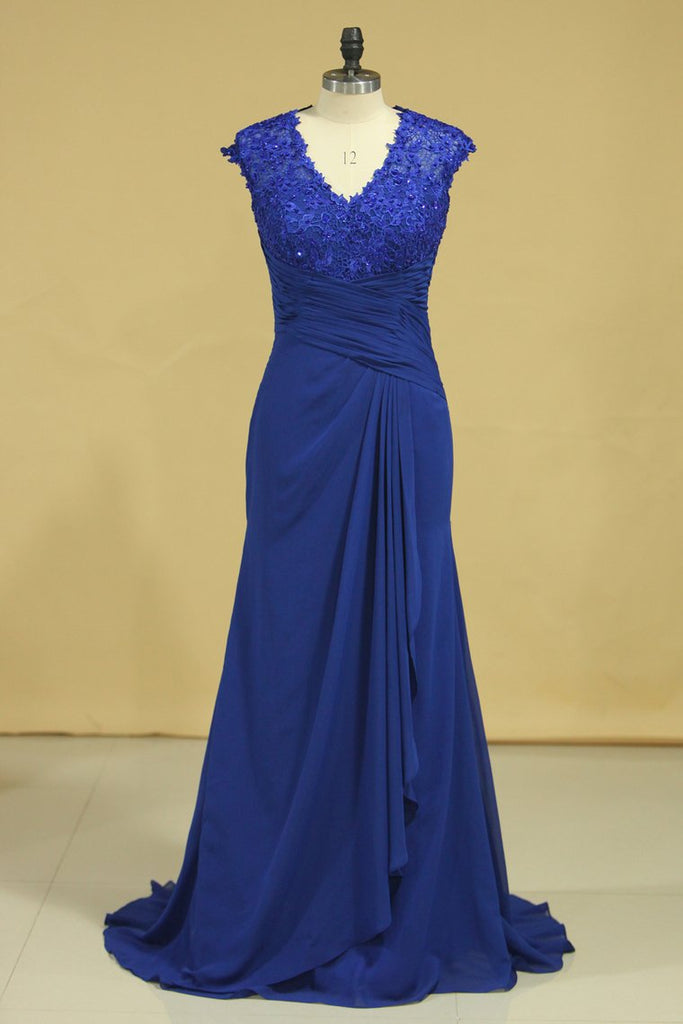 Hot V Neck Mother Of The Bride Dresses Dark Royal Blue Sweep Train With Ruffle Cap Sleeves