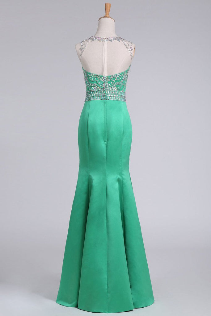 Prom Dresses Floor-Length Scoop Satin With Beading Mermaid