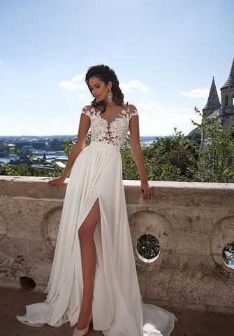 Lovely Lace Appliques Cap Sleeves Long Chiffon Beach Wedding Dresses