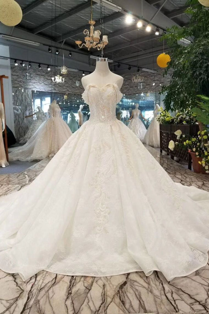 Lace Wedding Dresses Off-The-Shoulder Royal Train  Sleevesless Lace Up Back