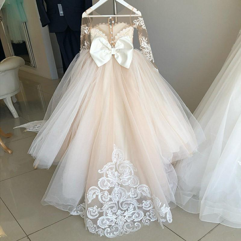 Ball Gown Round Neck Long Sleeves Tulle Bowknot Flower Girl Dress with Appliques