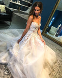 A Line Sweetheart Tulle Wedding Dress with Lace Appliques Long