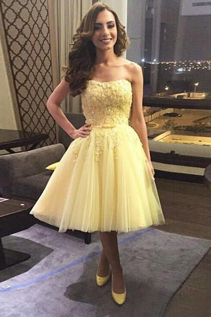 Strapless Homecoming Dresses Knee Length Tulle With Applique