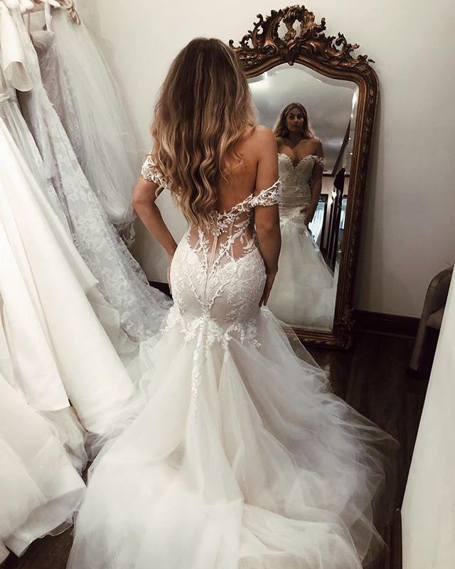 Off the Shoulder Mermaid Tulle Wedding Dresses Lace Appliques Bridal Gown uk JS448