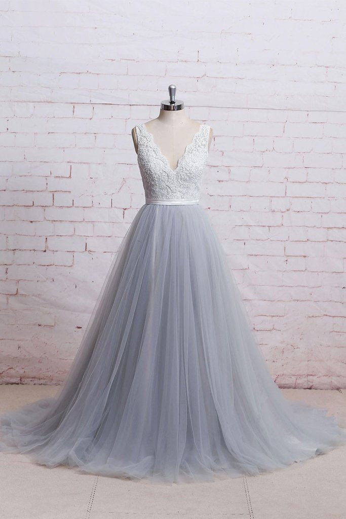 A-Line V-Neck Ivory Lace Bodice Grey Tulle Skirt Chapel Train Appliques Wedding Dress JS287
