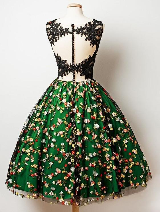 A-Line V-Neck Knee Length Sleeveless Dark Green Lace Homecoming Dress with Appliques JS540