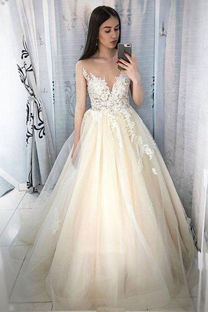 Charming Ball Gown Lace Appliques Tulle Long Scoop Prom Dress Elegant Evening Dresses JS127