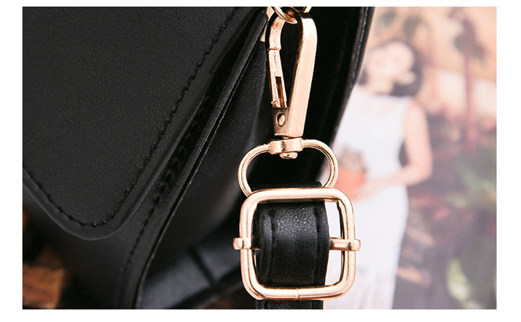 Women's Small Leather Crossbody Bag - Modern Charme.