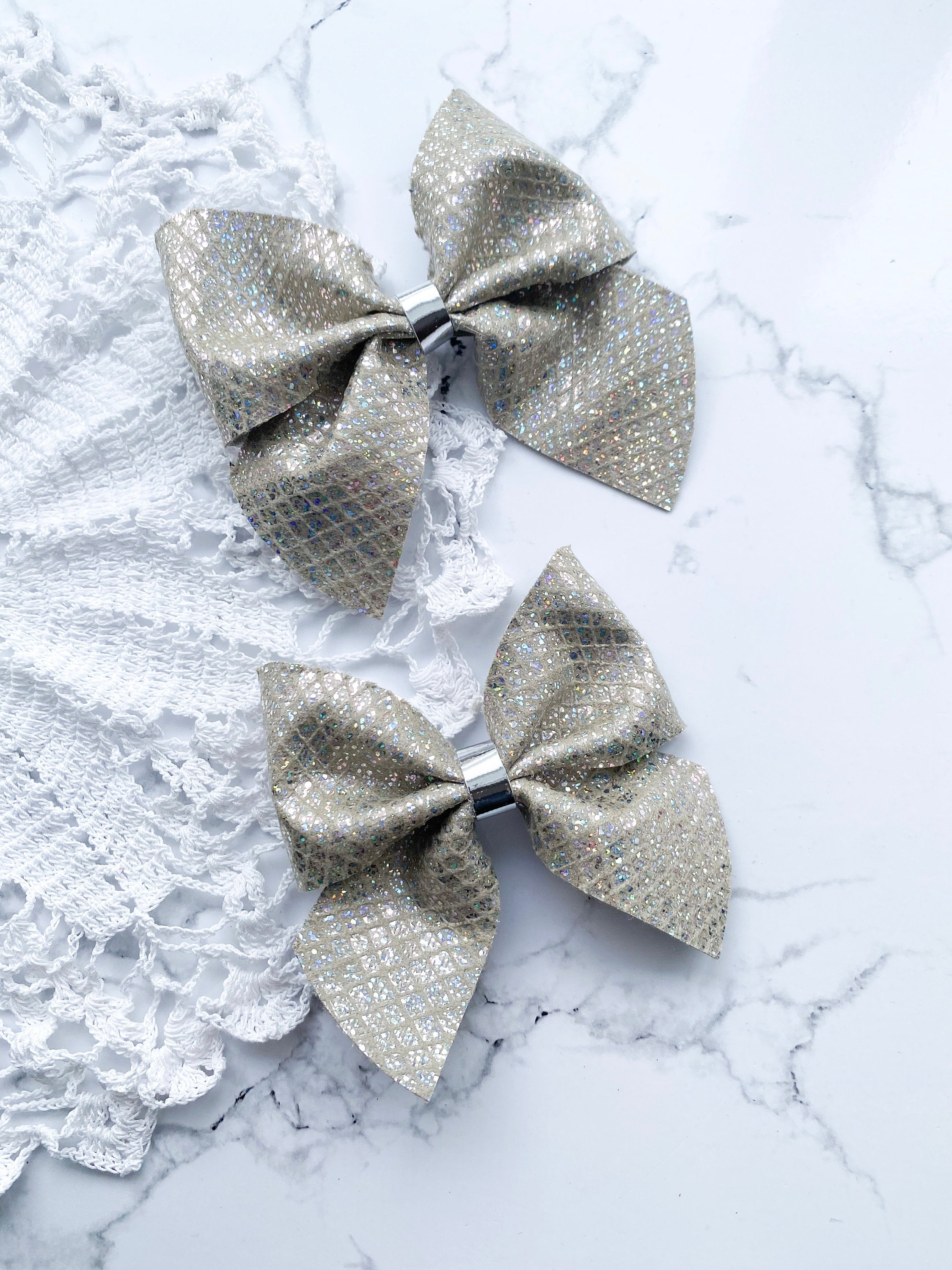 Vintage Gold Netted // Fir // Hairbow