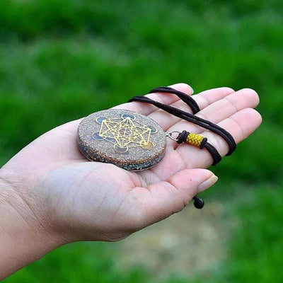 Chakra Scalar Orgone Necklace - Orgonite Crystal