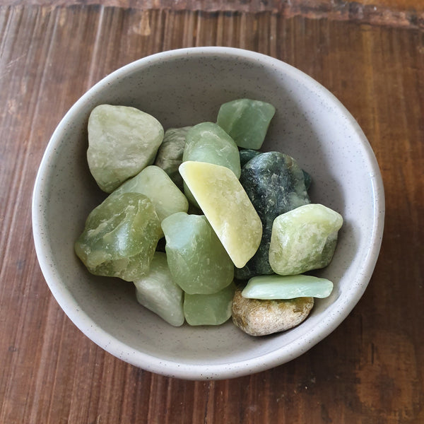 Bowenite New Jade Tumbled Stones