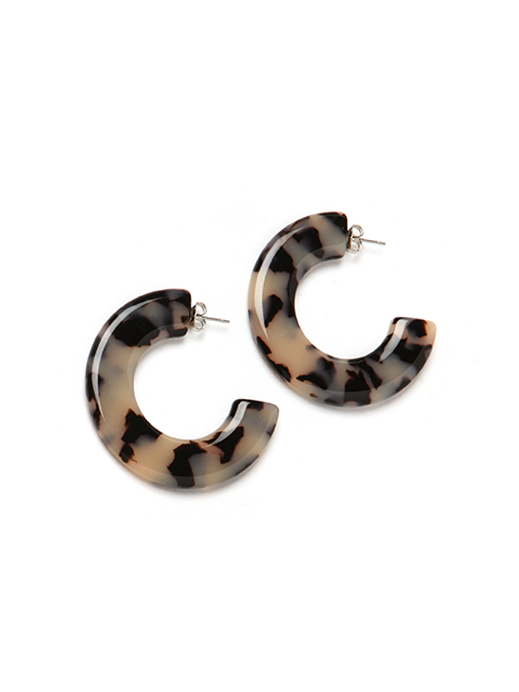 Pono Gia Resin Earring