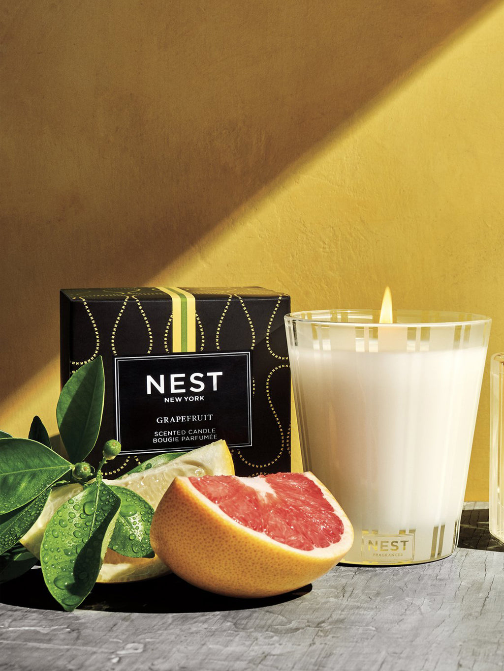 NEST Fragrances Classic Candle, Grapefruit