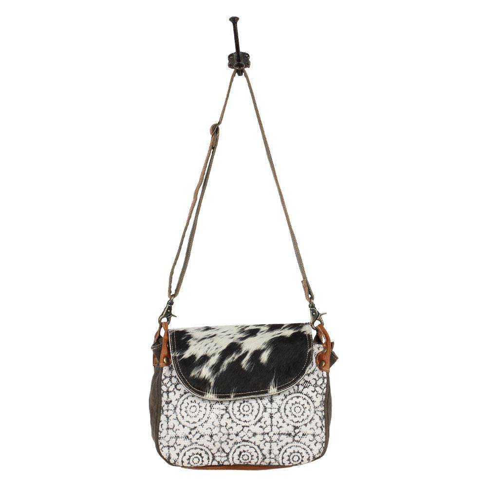 Ferastin Circles Crossbody