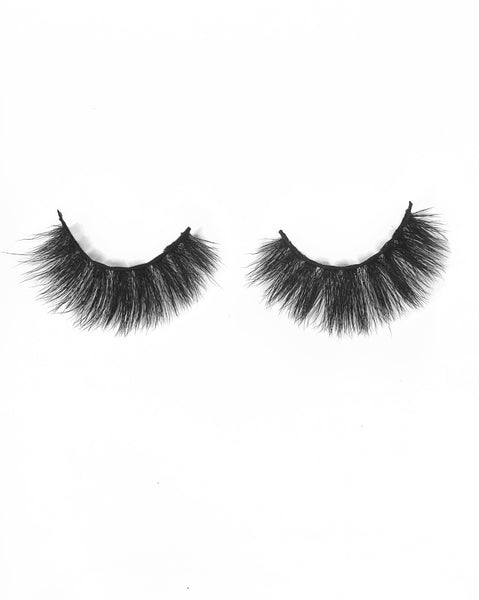 ENCHANT WHO? Faux Mink Lash