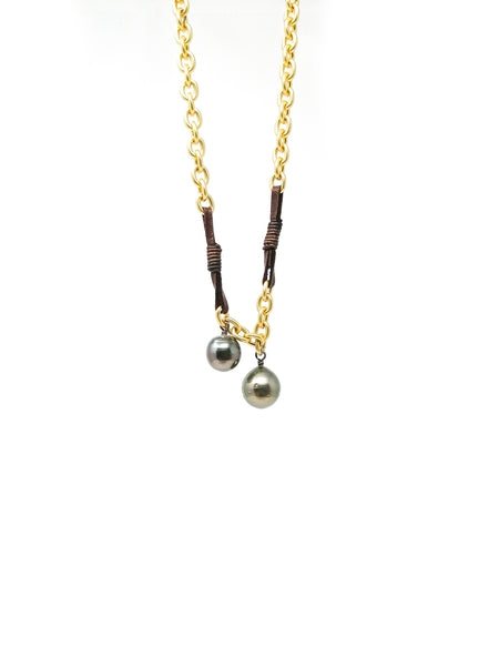 Long necklace 2 pearls gold chain