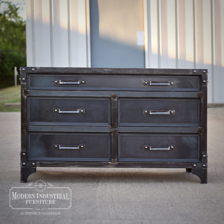 GrandView 5-Drawer Dresser