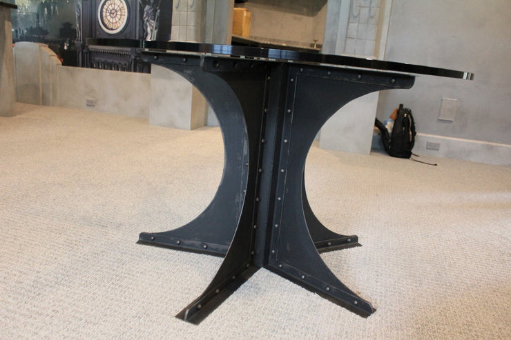 Gotham Table