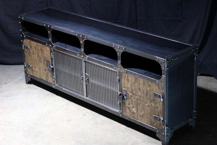 The FreightBar Media Console