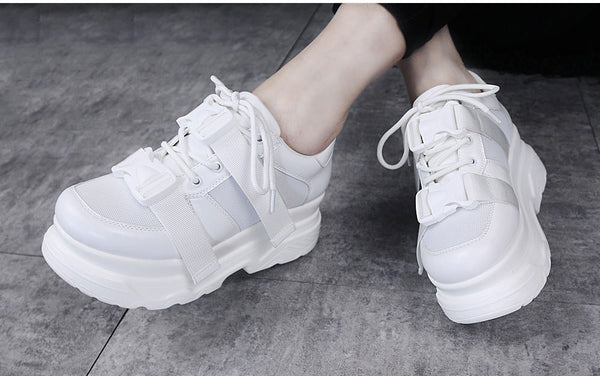 Harajuku Chunky Platform Sneakers With Buckle Belt Detail (Black/White)