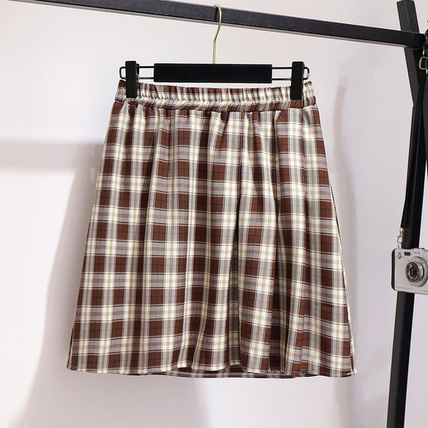Plus Size Harajuku Kawaii Elastic Waistband Plaid Pleated Skirt (Black/Brown)