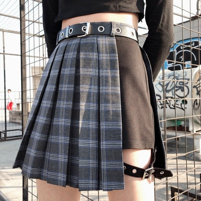 Plus Size Korean K-pop Idol Fashion Blackpink Lisa Style Plaid Skirt (Plaid Grey/Plain Black)