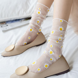 Korean Style Daisy Tulle Socks (6 Colors)