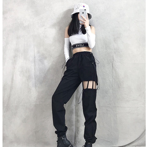 K-pop Blackpink Lisa Style Suspender Cargo Pants (Black)