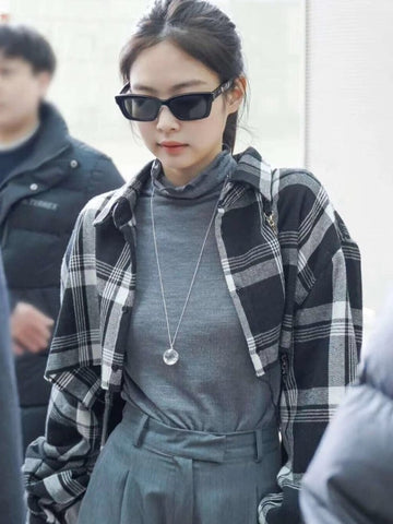 Blackpink Jennie Kim Short Plaid Flannel Shirt Jacket (Grey)